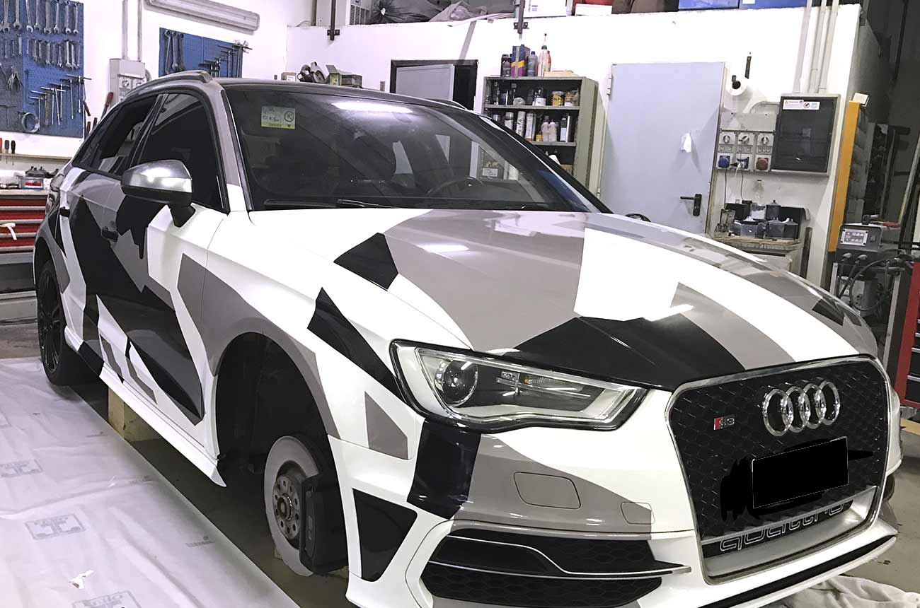 Car wrapping Audi camuflage fronte sinistro