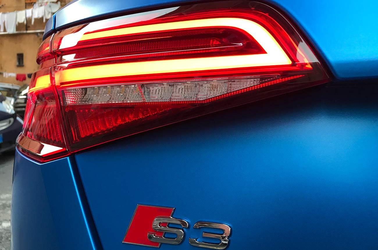 Audi s3 car wrapping faro posteriore