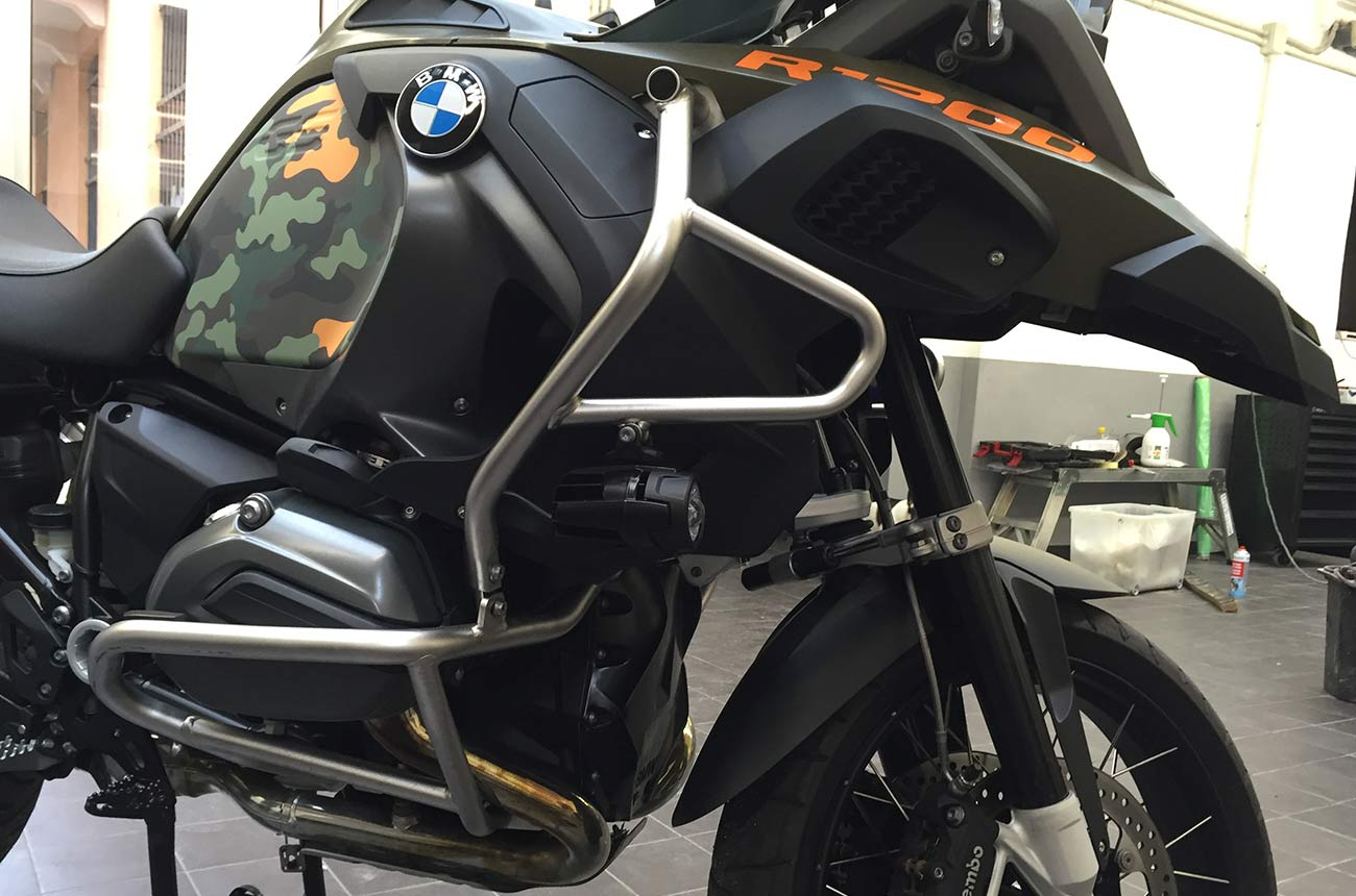 Bmw gs r1200 car wrapping dettaglio