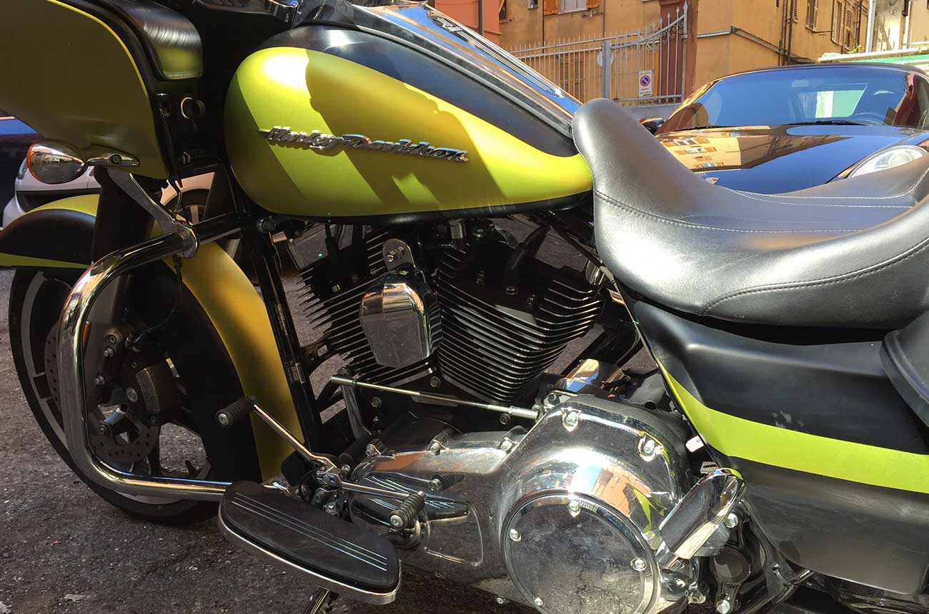 Harley davidson car wrapping laterale