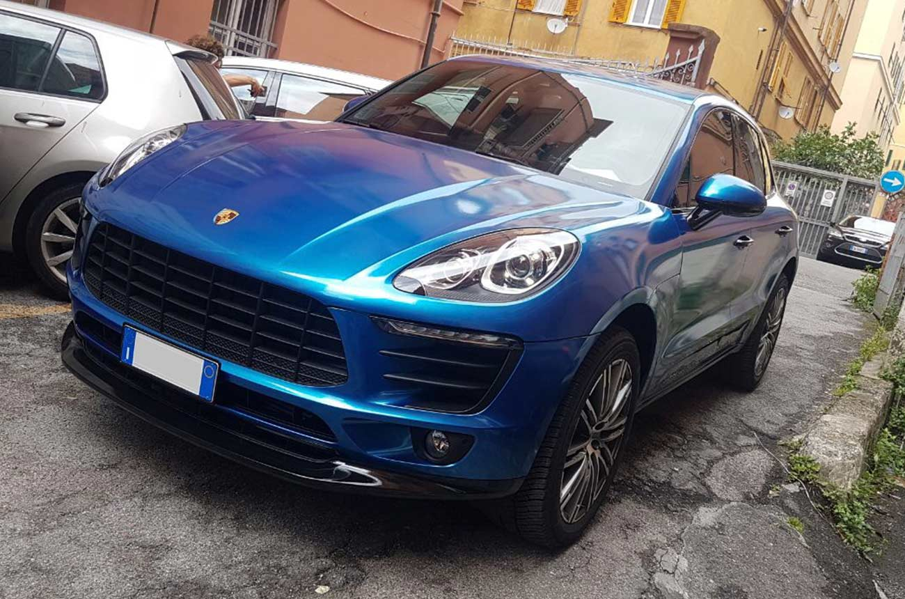 porsche cayenne blu car wrapping frontale