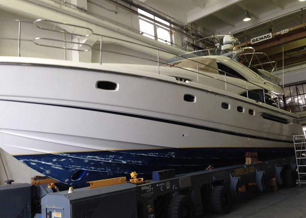 boat-wrapping-fairline-yacht-tn