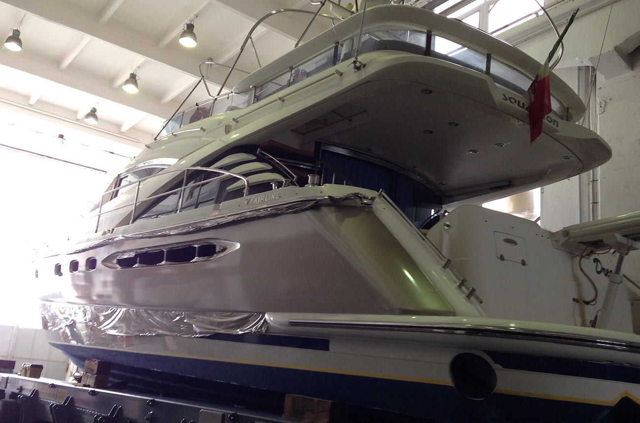 boat-wrapping-fairline-yacht2